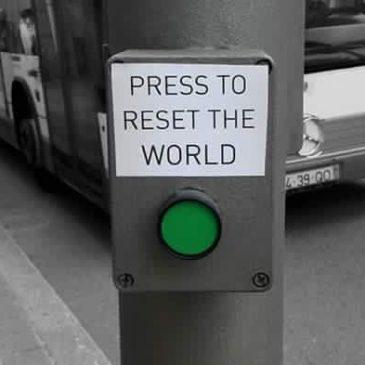 El botón RESET